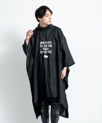 AIR-LIGHT RAIN PONCHO